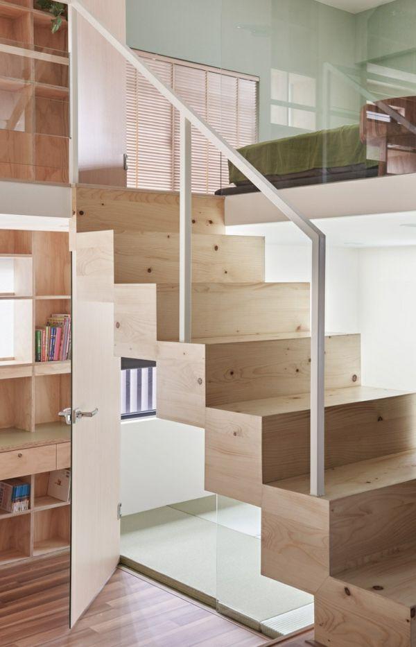 Glasgeländer Holztreppe Flur räumig kleine Wohnung Einrichtungsideen