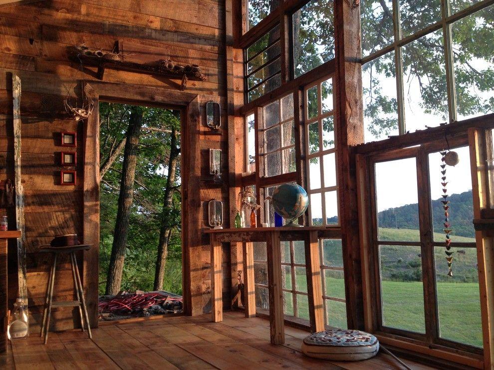 Diese Hütte ist das blendende Resultat der Handarbeit eines jungen Paares