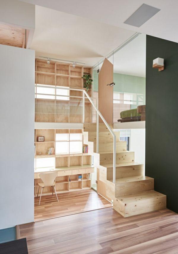 Innenausstattung kleine Wohnung Holz Wandregal