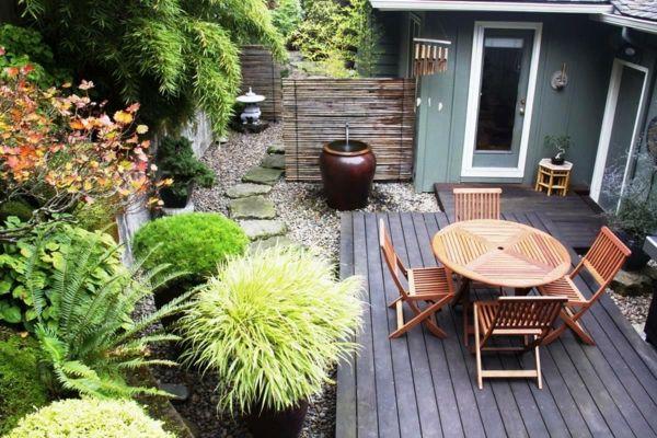 Klappbare Gartenmöbel aus Holz