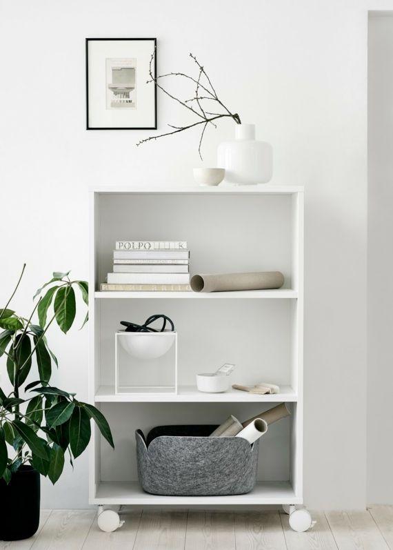 Möbel Regale auf Rollen in Weiß Zierblume