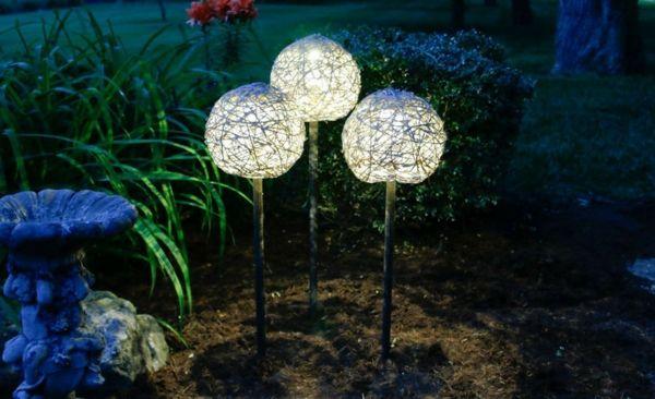 Solarlampen eignen sich ideal für jede Außenbeleuchtung