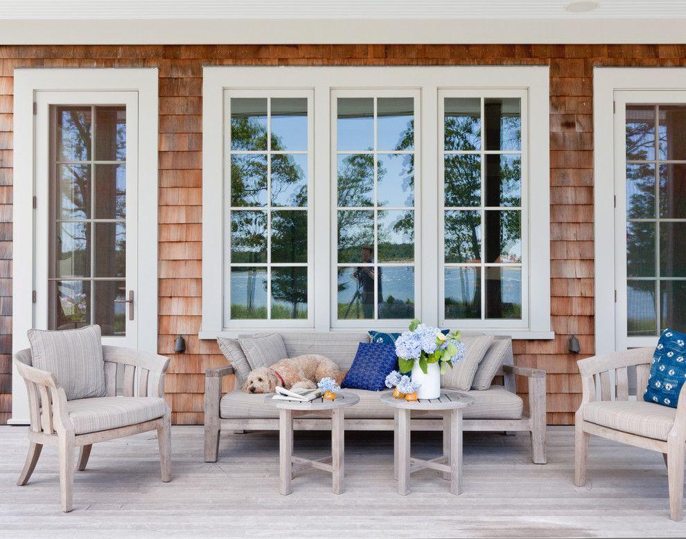 Terrasse Sommer Gestaltung Lein Sandbeige Sitzmöbel veraltet