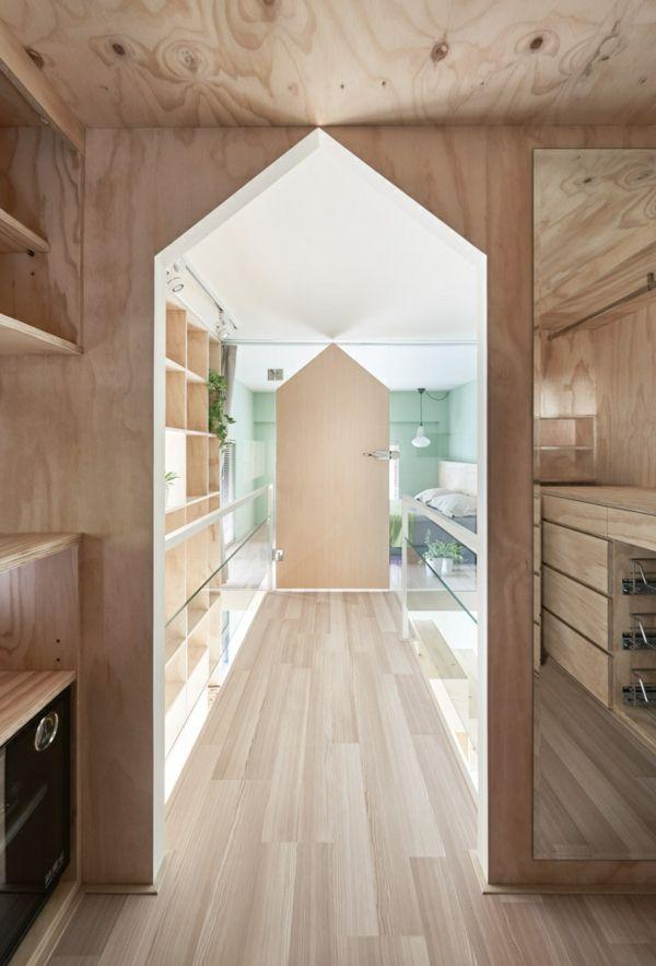 Wandverkleidung aus Holz kleine Wohnung Kleiderzimmer