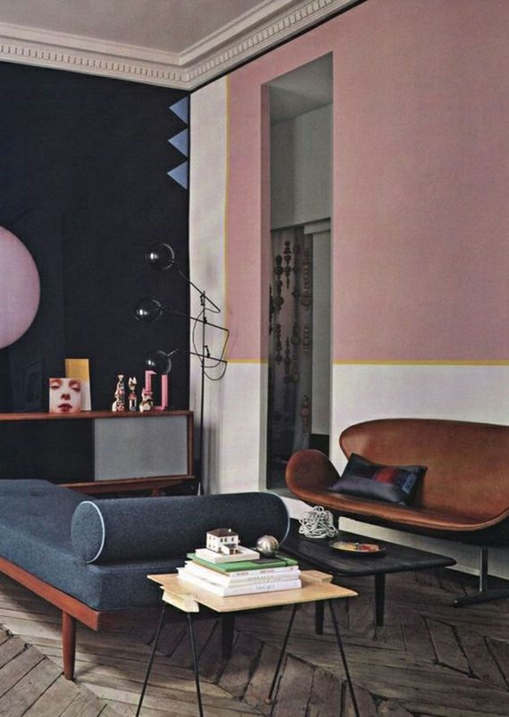 Wohnzimmer dunkelblau Pasteltönne trendiges Farbkonzept Altrosa Farbe