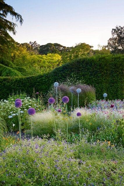 Charme gartenbrunnen ideen landhausgarten