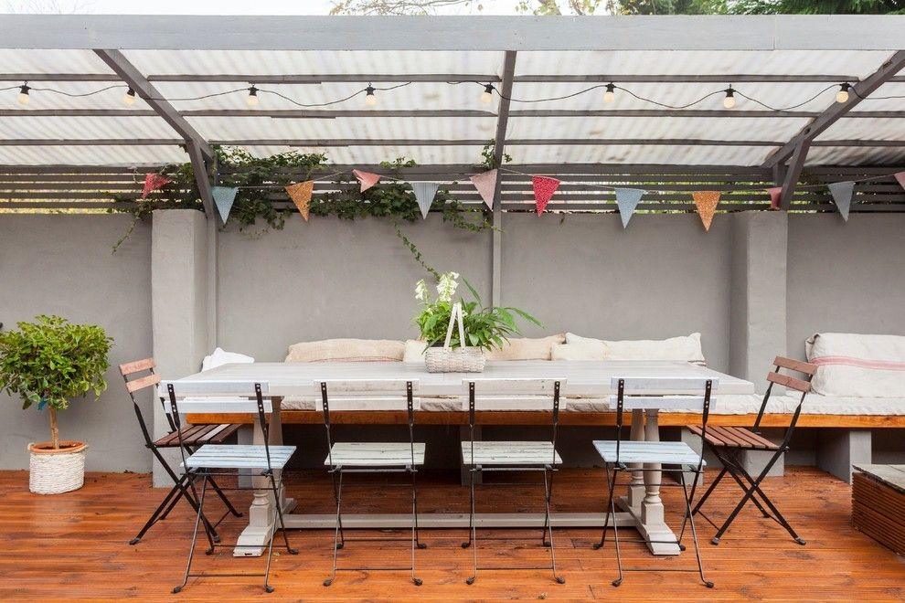 Dekoideen für Terrasse Garten Party Sonnenschirm