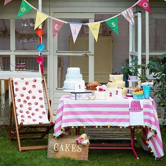 Garten girlande partydeko ideen fantastische atmosphäre