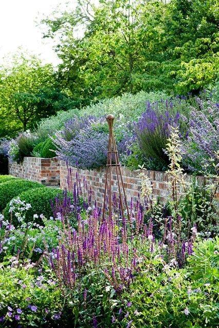 Gartenplanung für den kleinen Garten blumen pflanzen