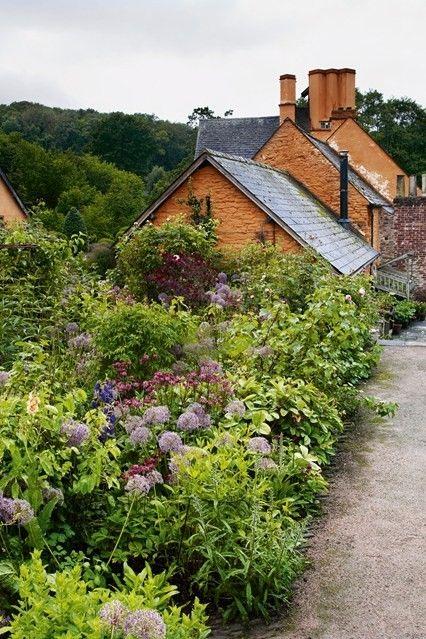 Haus mit  mit großem Garten