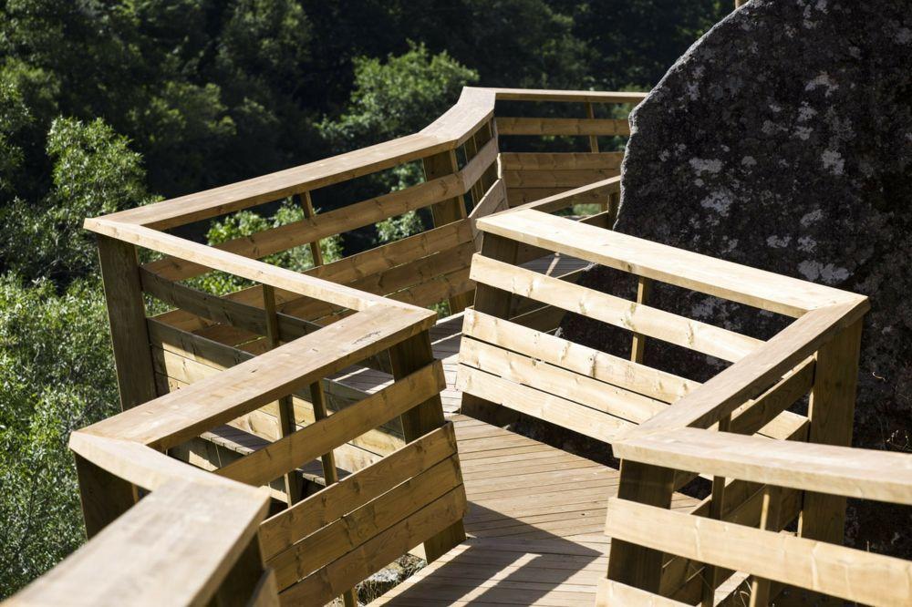 Holygeländer Paiva Walkways Wald Wandern