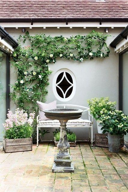 Romantik  Gestaltungsideen terrasse garten ideen wasserspiele