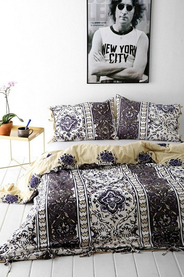 Schlafzimmer Gestaltungsideen Bettwäsche mit Ethno Muster in Schwarz und Weiß