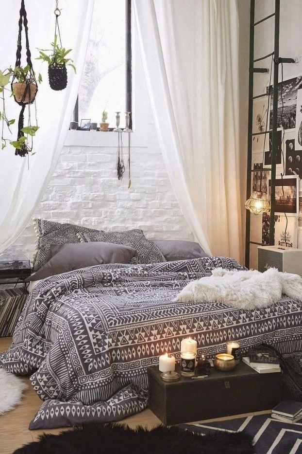 Schlafzimmer in Bohemian Stil Bettwäsche Ethno Muster