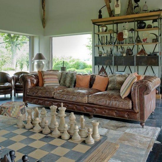 Sofa chesterfield braun klassisch