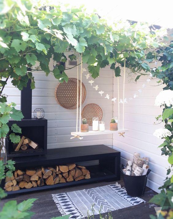 hängende Regale schwarze Outdoor Möbel Stückchen Natur