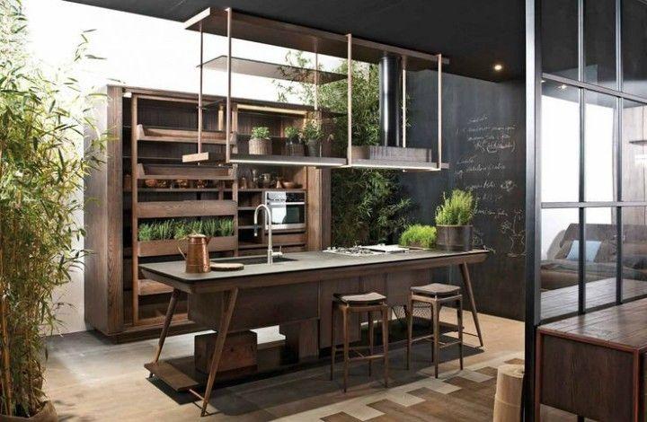 trendige Küche in dunklen Holznuancen