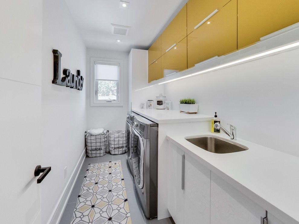 10 praktische ideen f r die einrichtung der kleinen waschk che. Black Bedroom Furniture Sets. Home Design Ideas