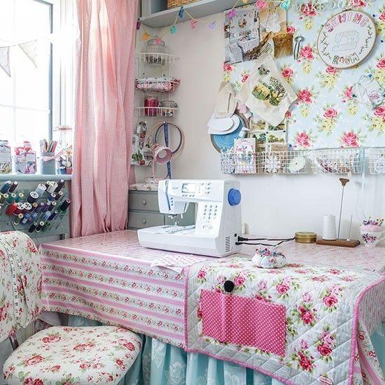 Atelier Home Office Schneidermaterialien Modeatelier Patchwork Nähmaschine