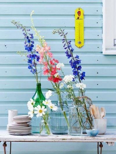 Deko Ideen mit Blumen Sommerfest im Freien