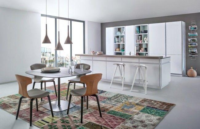 Einrichtungsideen Küche Bauhaus-Look trendy Teppich