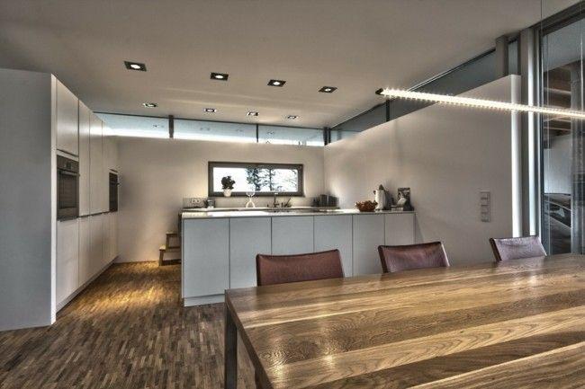 Esstisch Echtholz moderne Küche in Weiß Einrichtungsideen