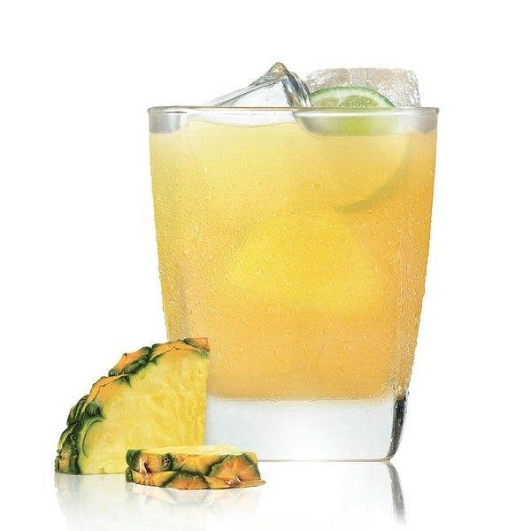 Gartenfest Tipps Tropischer Rum Cocktail