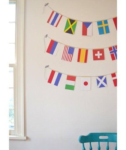 Girlanden mit den Nationalflaggen