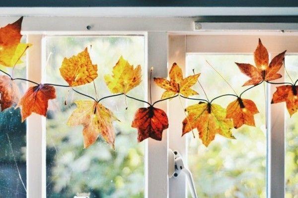 Herbst Dekotipps Lichterkette mit Kastanienblättern