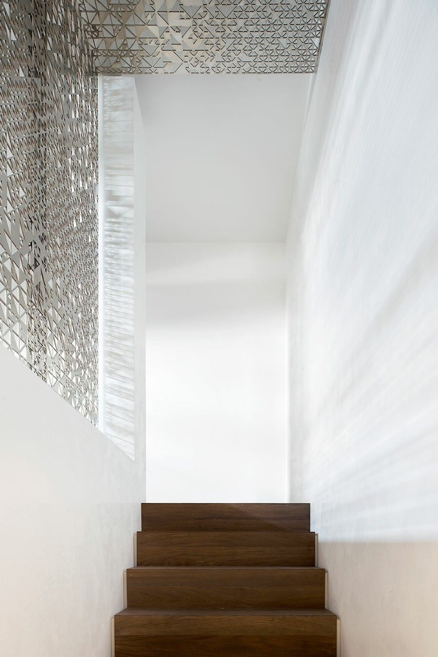 Hilztreppe Traumwohnung silberne Wanddekoration