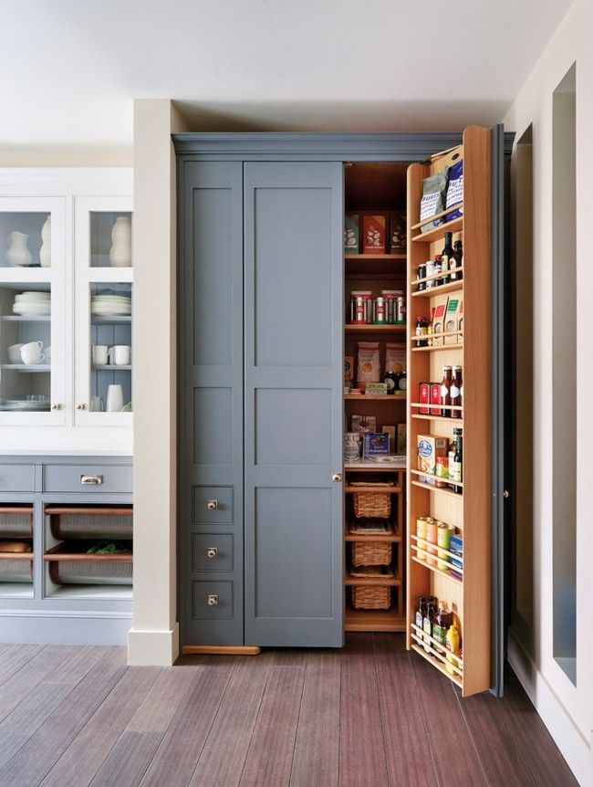 Klassische Küche Einrichtungsideen Stauraum Einbauschrank