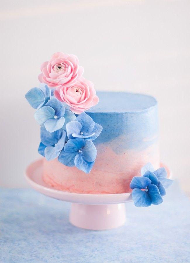 Torte Blumen Deko Trendfarben Serenity und Rose Quartz