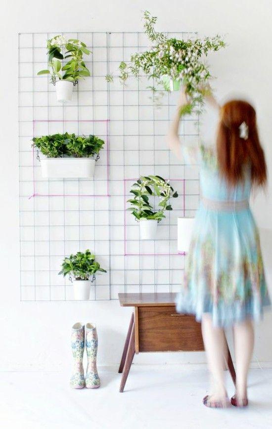 die gr ne wand bringt ein st ck natur auf ihren balkon oder auf die gartenterrasse. Black Bedroom Furniture Sets. Home Design Ideas