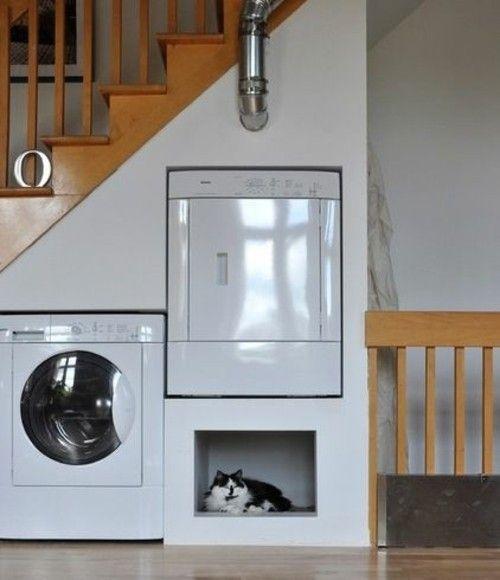 Waschküche unter der Treppe