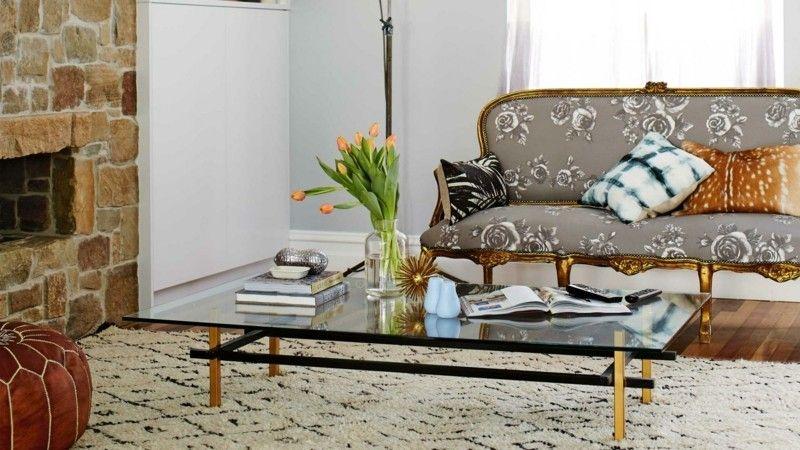 Wohnideen Wohnzimmer Sofa goldene Beine