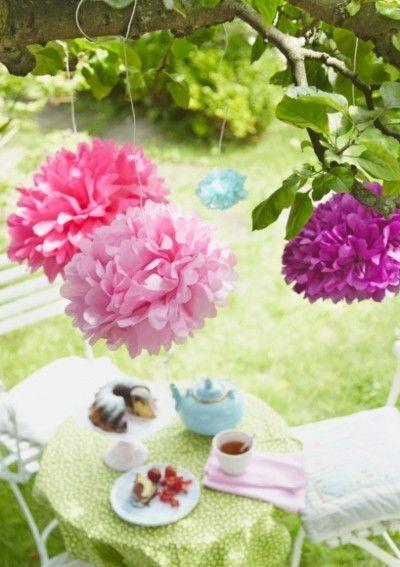 bunte Papierblumen tolle Deko Ideen Sommerfest