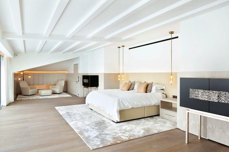 trendiges Schlafzimmer Pendelleuchte weiße Decke