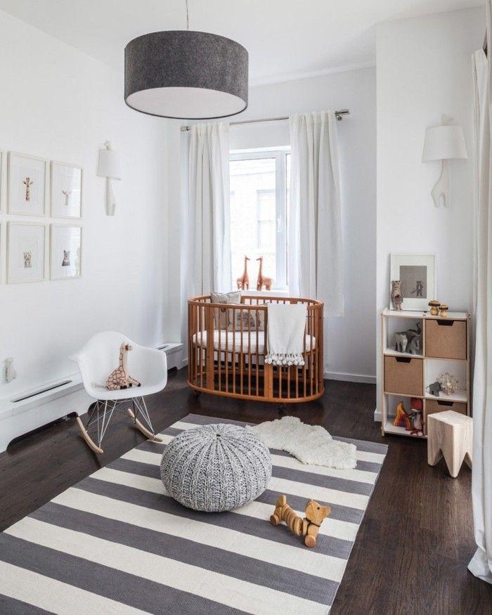 babyzimmer-teppich-streifen-gitterbett-aus-holz-wohntipps