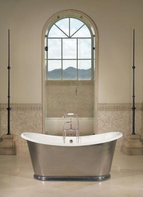 badezimmer-marmor-freistehende-badewanne-edelstahl