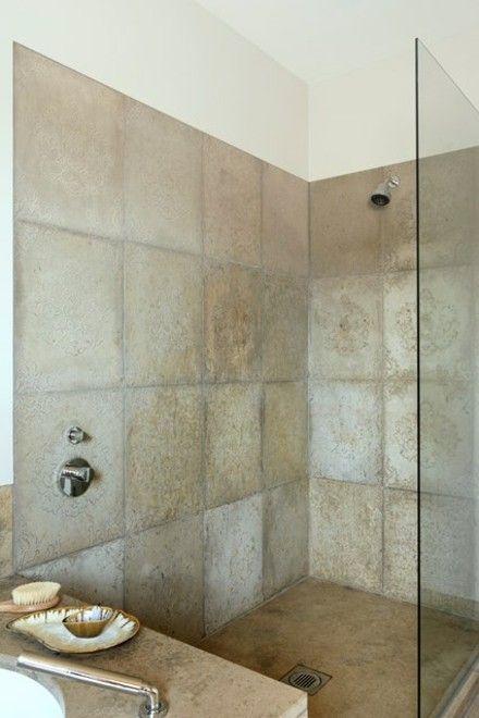 badezimmer-grose-fliesen-duschkabine-glaswand