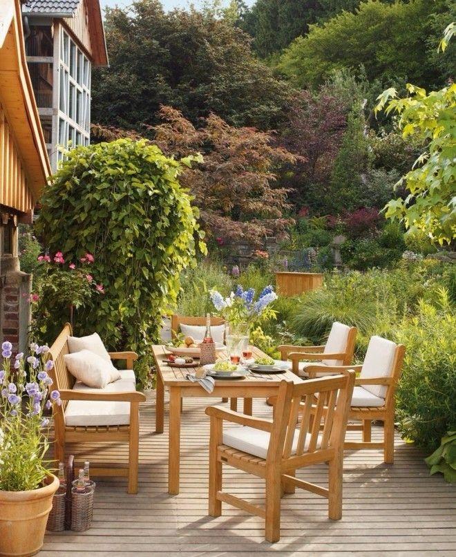 exterieur-ideen-klassisch-terrasse-und-balkon-holzstuhle