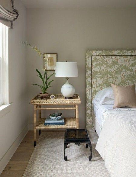 floralmuster-rattan-nachttisch-schlafzimmer-leuchte