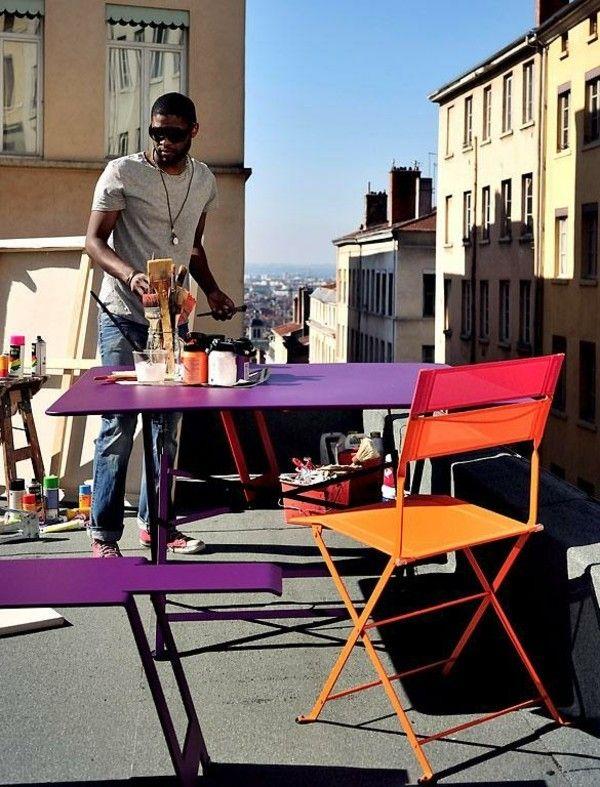 klappstuhl-aus-pulverlackiertem-stahlblech-und-wetterbestandigem-outdoor