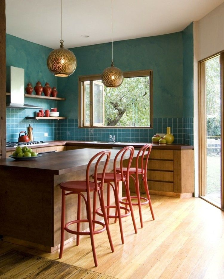 moderne-kuche-in-dunklen-farben