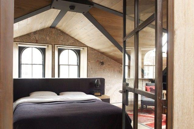 schlafzimmer-modern-attik-dachgeschoss-dachschrage