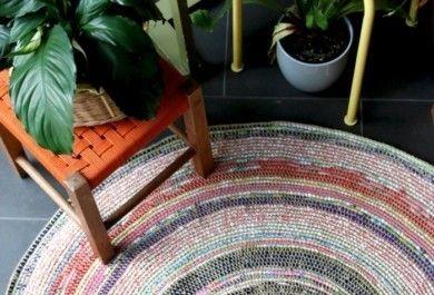auffallende kleine teppiche zum selbermachen. Black Bedroom Furniture Sets. Home Design Ideas