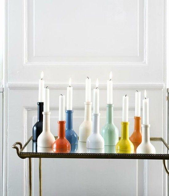 moderne-kerzenstander-und-schone-vasen