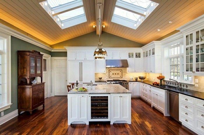 skylight-dachfenster-dachschrage-kuche-im-klassischen-stil