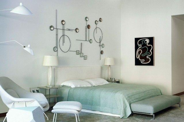 Eine ausgefallene Wand Deko ergänzt die moderne Ausstrahlung des ...