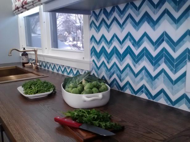 blau-muster-kuchenspiegel